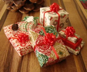 wrapped-gifts-300x248